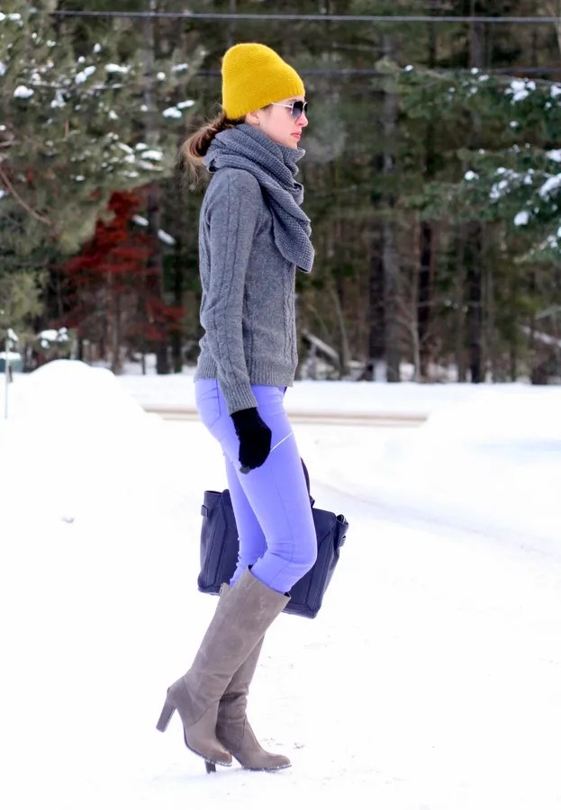 winter outfit purple skinny jeans sweater