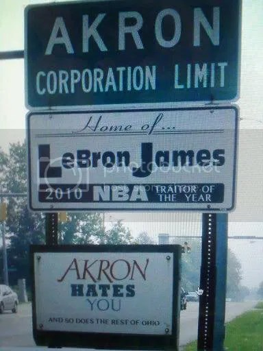 lechoke.jpg LEBRON THE TRAITOR JAMES image by WeHateLebron