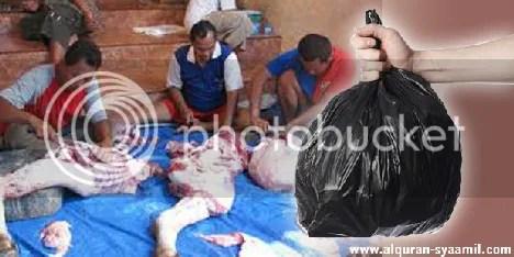 photo Bahaya-Kantong-Keresek-dijadikan-kantong-untuk-daging-qurban_zps2878449b.jpg