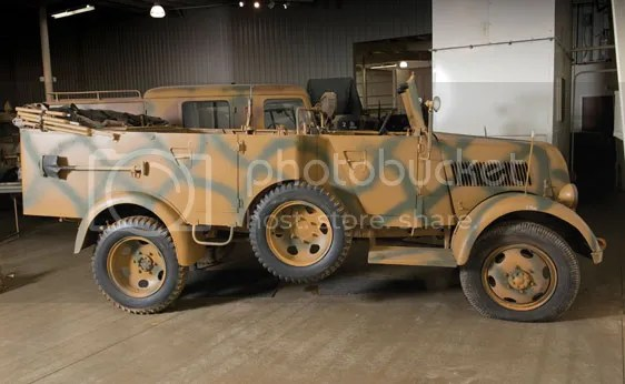 1944 Phanomen Granit 1500A 4x4 Kfz 70 Personnel Car