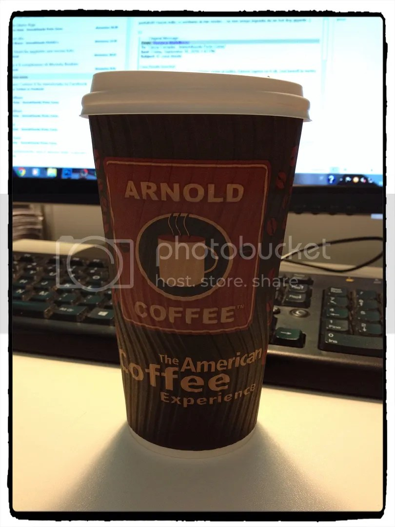 arnold-coffee-caffè-americano
