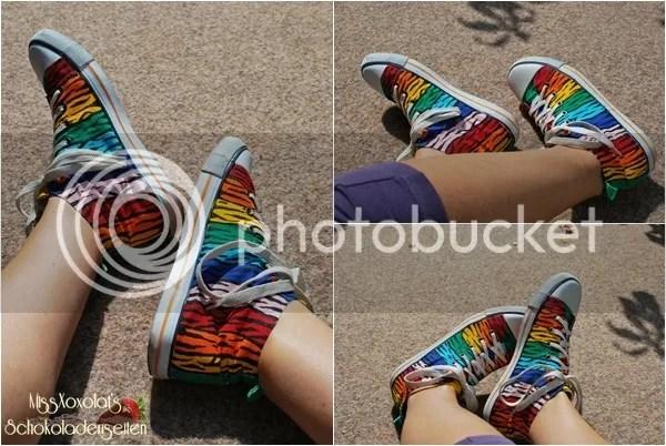 Regenbogen. Tigerstreifen. H&M Canvas-Schuhe