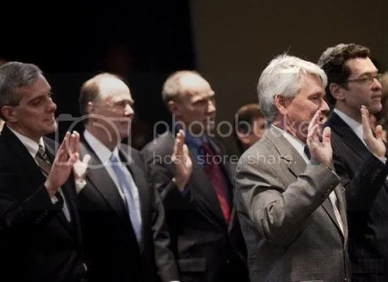Members of Obamas senior staff are sworn in...
