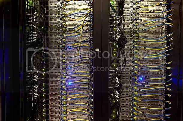 Inside A Facebook Server Farm... (3/6)