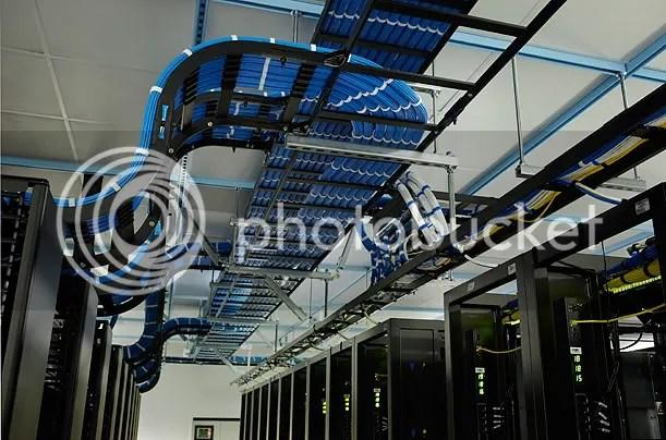 Inside A Facebook Server Farm... (5/6)