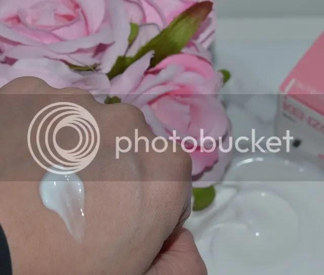 photo Kenzoki Sensual Bare Body Cream textuur_zpsofb9bofm.jpg