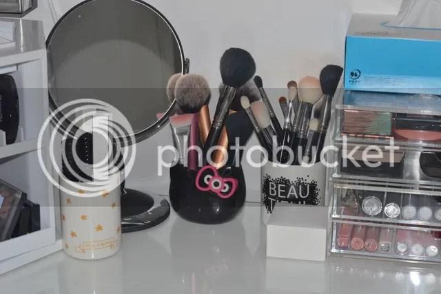 photo Make Up Vanity spiegel-brushes_zpsudramrws.jpg