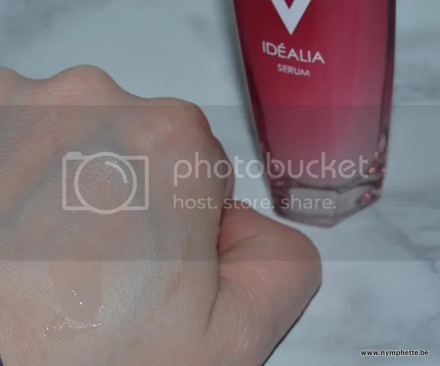 photo Vichy Idealia Serum Textuur_zpscajte0cg.jpg