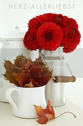 red fall decor