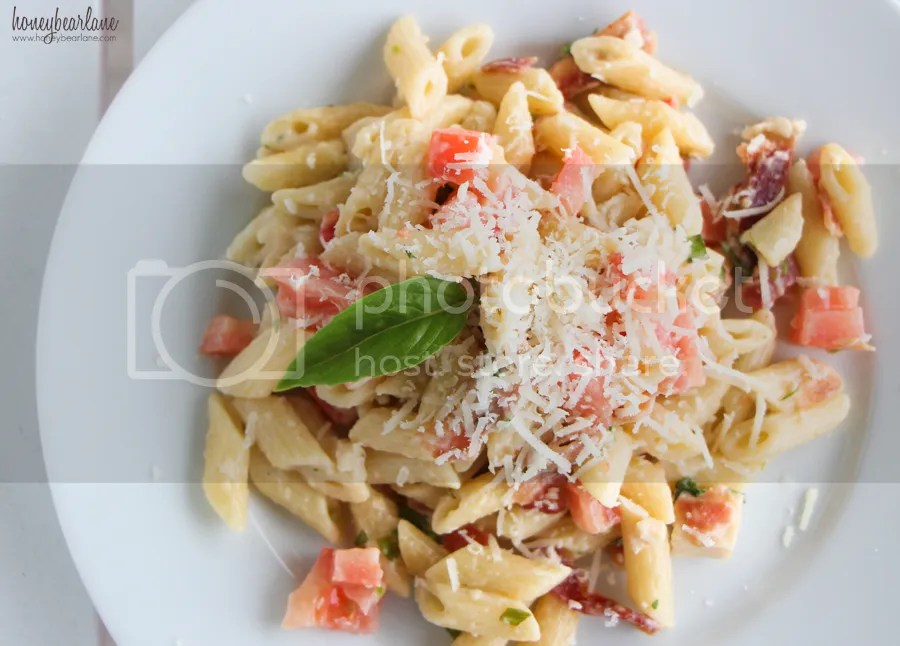 photo michelinasbacontomatopasta_zps4836d312.jpg