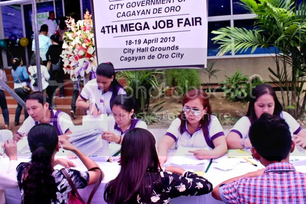 photo jobfair2013-5_zps9a71fa5e.jpg