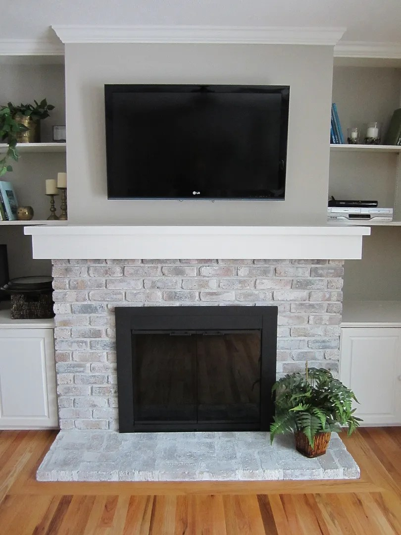 spray painting a fireplace screen black home staging in