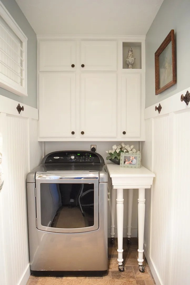 Making the Best Use of Space in a Tiny Laundry Room/HomeStagingBloomingtonIL.wordpress.com