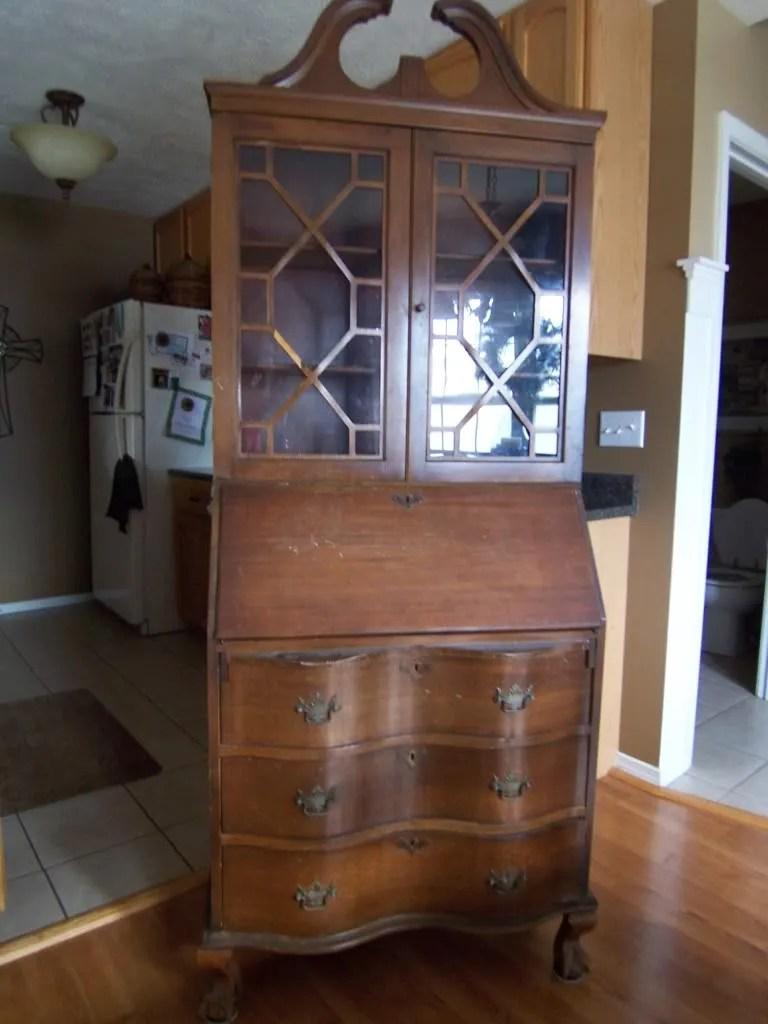 Paint Your Furniture / HomeStagingBloomingtonIL