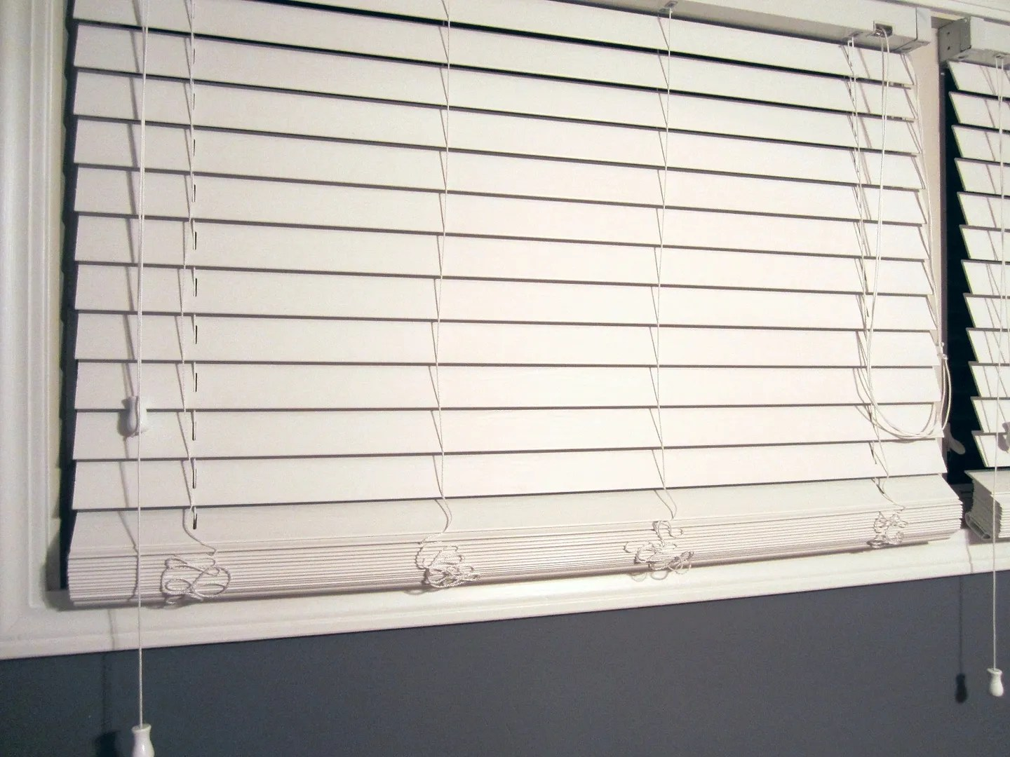 How to Shorten Window Blinds / HomeStagingBloomingtonIL