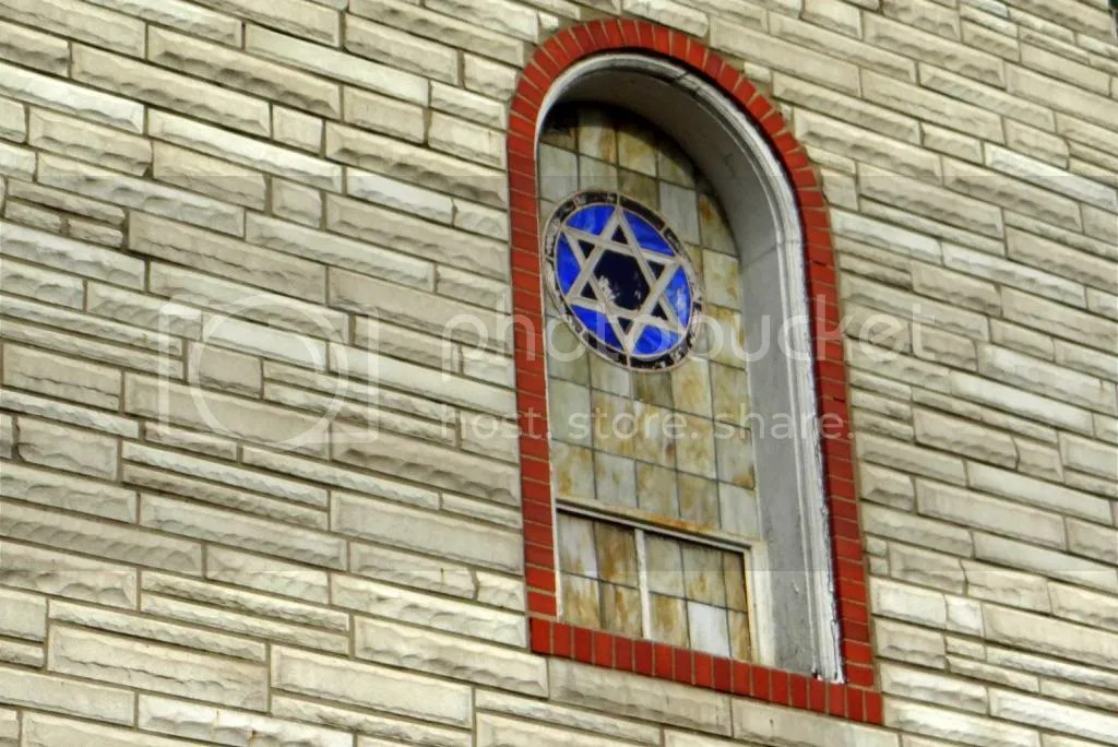de baliviere window 060413 fp photo DSC03583.jpg