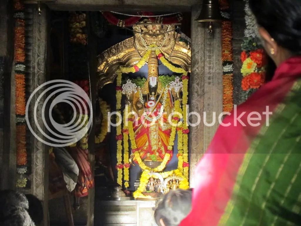 god and devotee chknath tmple 040312