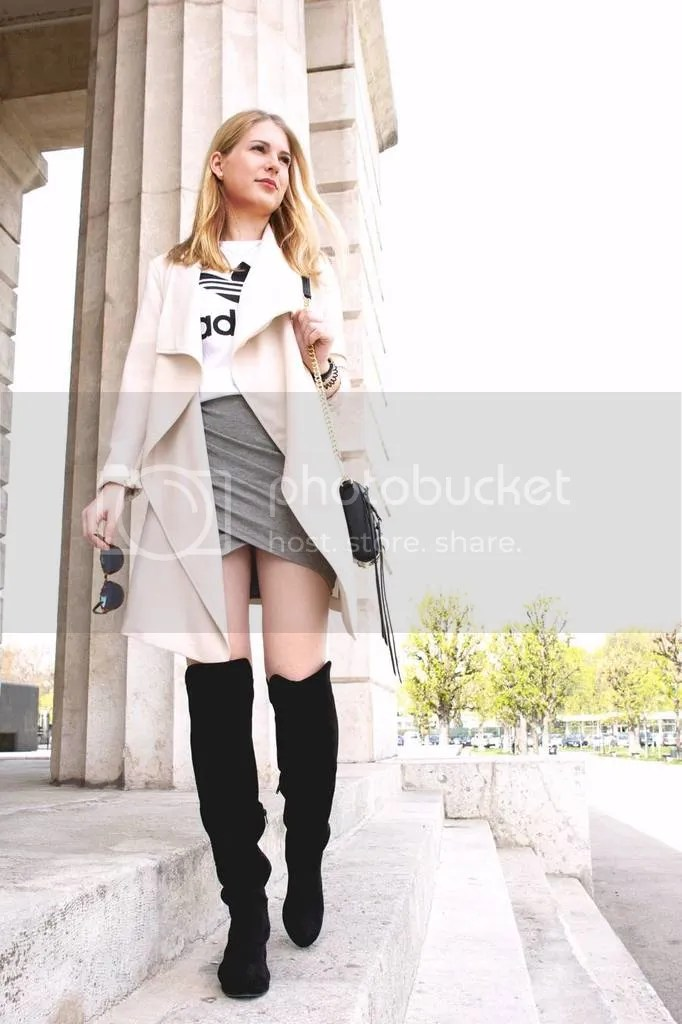 photo oliviasly_outfit_overknees_wickelrock_beige_adidas4_zpslm4sn0as.jpg