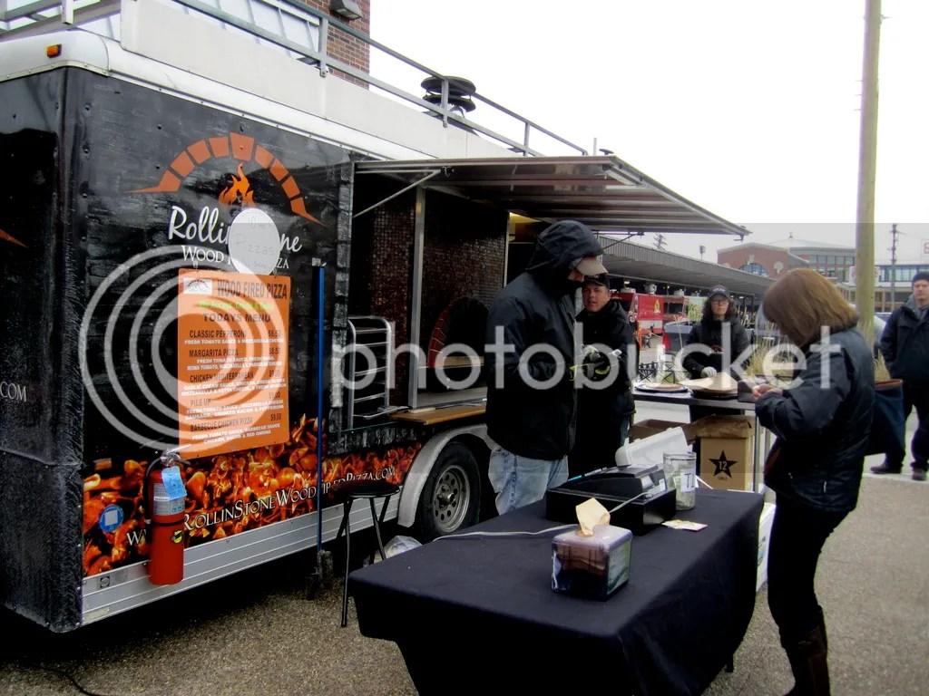 photo Rolling Stone Food Truck_zpsl1piral1.jpg