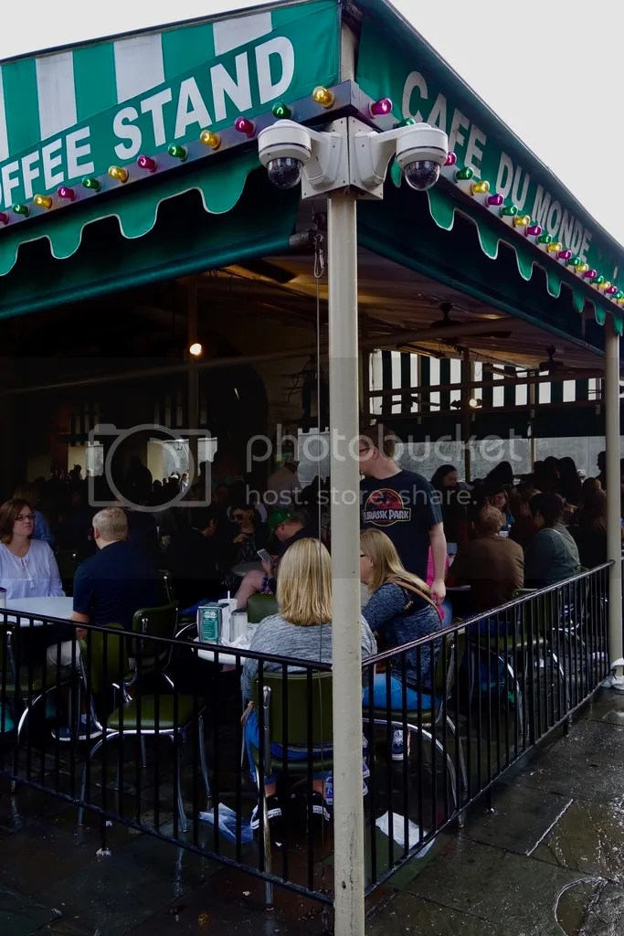 photo New Orleans Cafe du Monde 2_zpsi5gojvfo.jpg