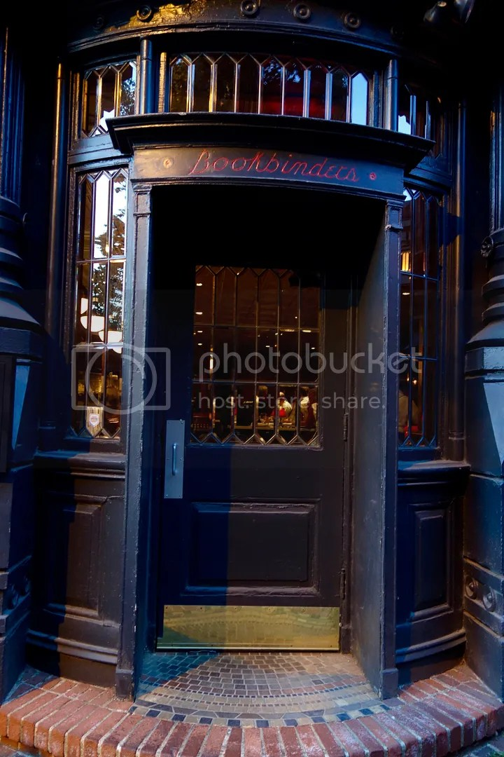 photo The Olde Bar Bookbinder Building_zpstrijlqpy.jpg