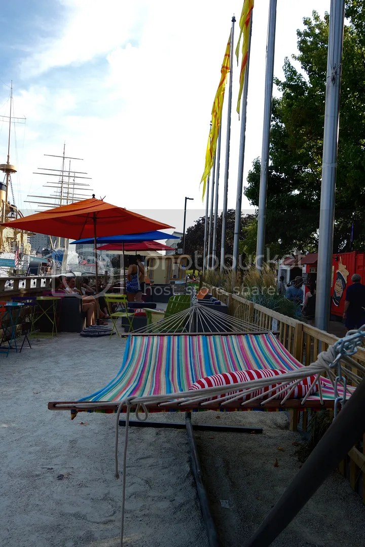 photo Spruce street Harbor Park Hammocks_zpspjrwpgou.jpg