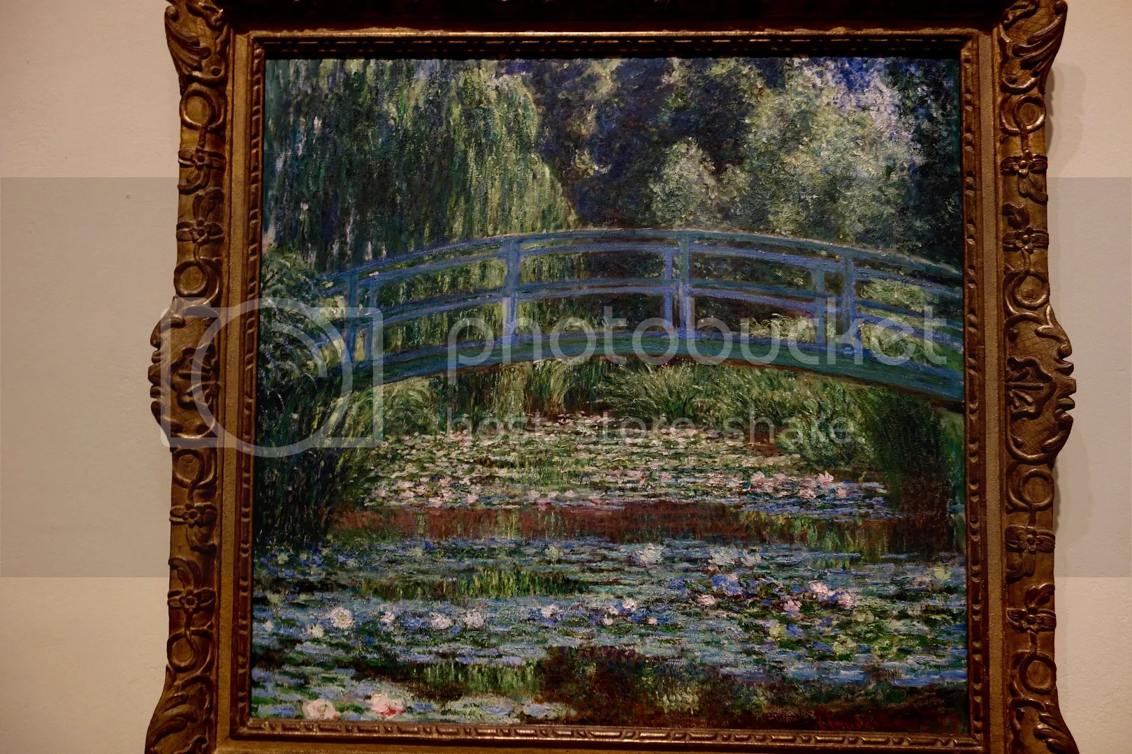 photo The Japanese Footbridge and the Water Lily Bool Monet_zpsmz1ogyxr.jpg
