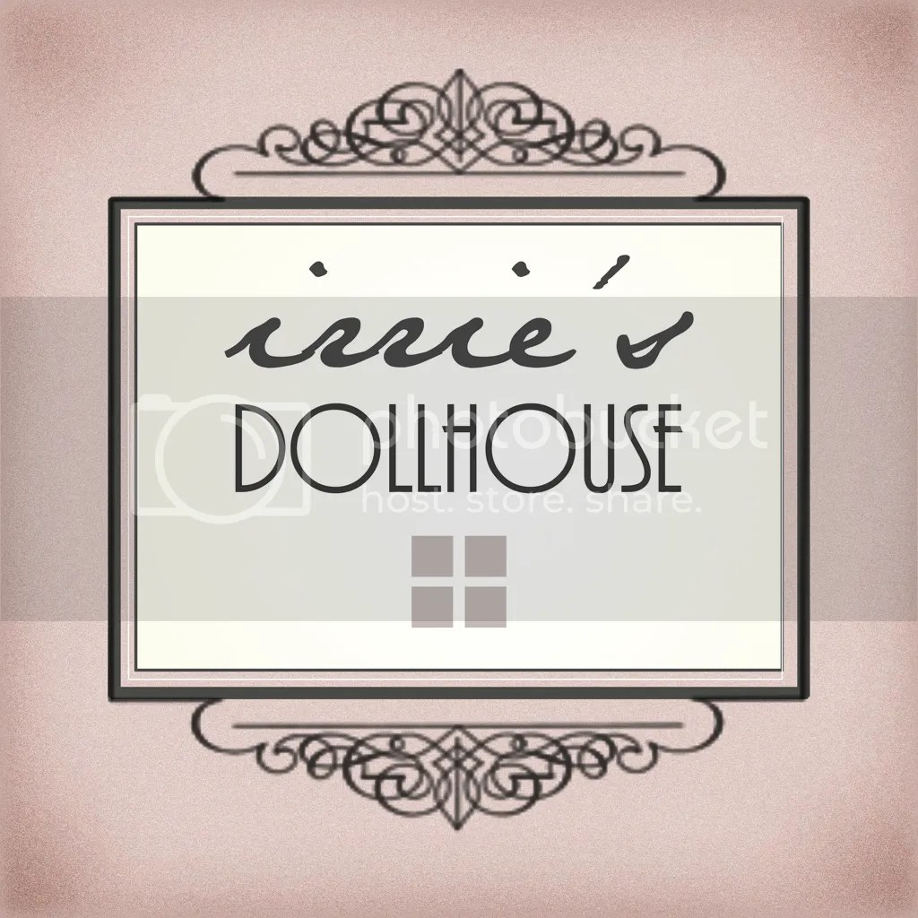 photo irries Dollhouse_logo 1024 x1024.png