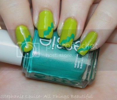 photo Essie-Naughty-Nautical-Summer-2013-Nail-Art-01_zps2a41ef32.jpg