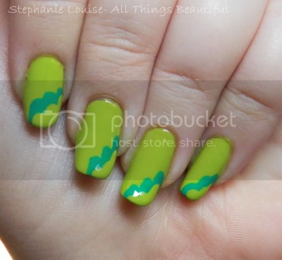photo Essie-Naughty-Nautical-Summer-2013-Nail-Art-02_zpsa440d08f.jpg