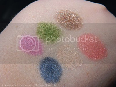 photo Glamour-Doll-Eyes-Swatches-03_zps0d262255.jpg