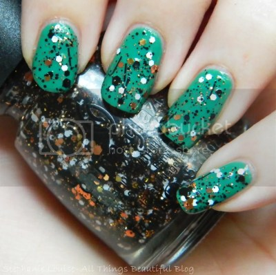 photo ChinaGlazeBoo-gieDownNailPolishSwatchesReviewHalloween2013OverSinfulColorsStrapped04_zps73152dd1.jpg