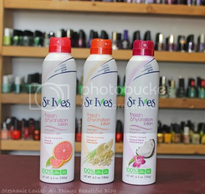 photo St-Ives-Fresh-Hydration-Lotion-Continuous-Spray-Review-002_zps7ad0ed26.jpg