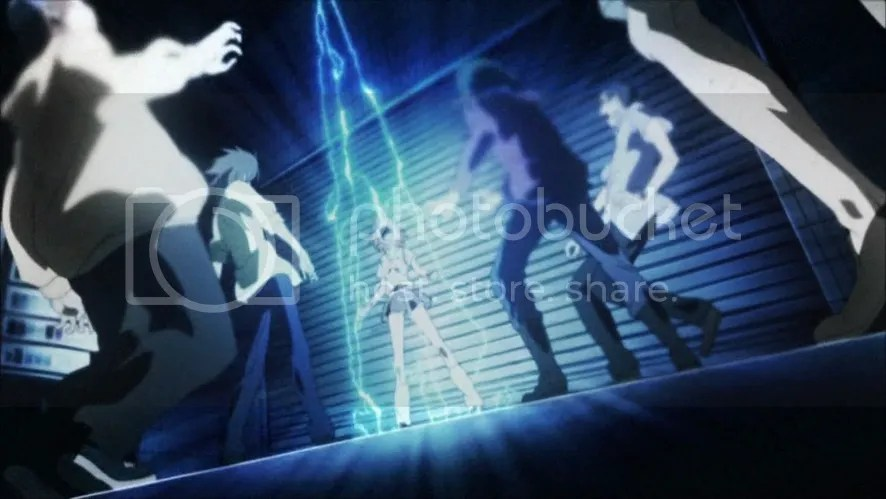 MIKOTO used THUNDER!