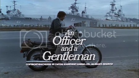 """""""Oficial y caballero"""" (""""An Officer and a Gentleman"""", 1982)"""