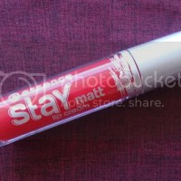 Review: Essence Stay Matt Lip Cream