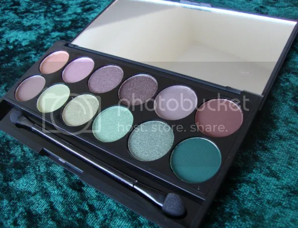 Sleek Garden of Eden palette open