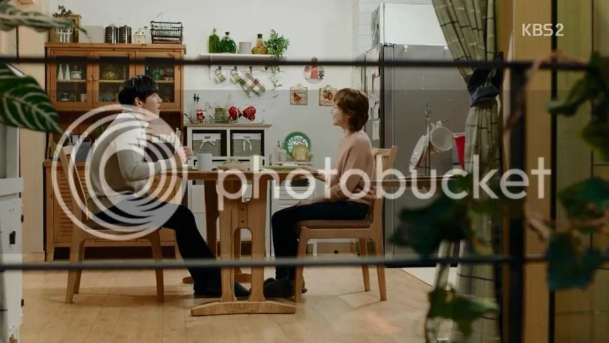 Healer ep 12 Young Shin and Bong Sook at dinner
