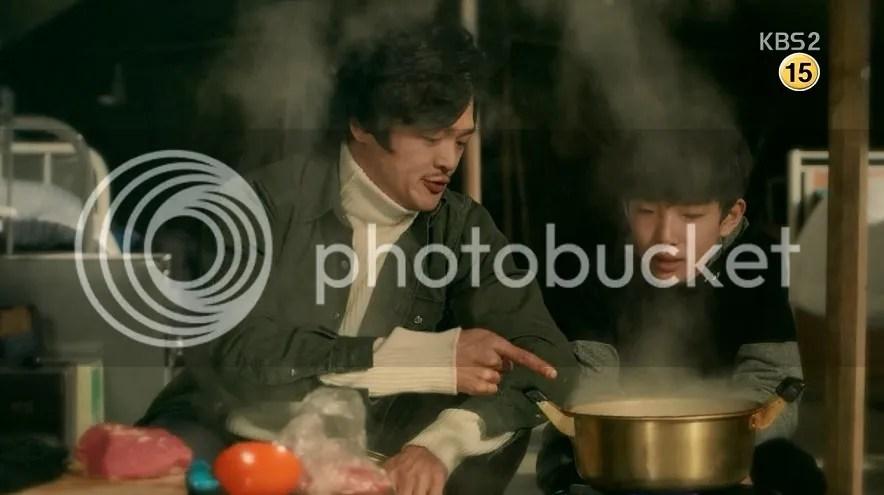 Healer ep 14 Teacher and Jung Hoo eating