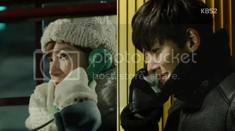 Healer ep 9 Young Shin and Healer talk on the phone