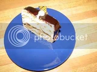 Mocha Cake 86 grams = 340 calories
