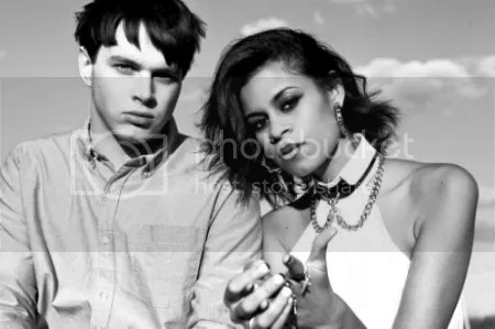 MUSIC: ALUNAGEORGE
