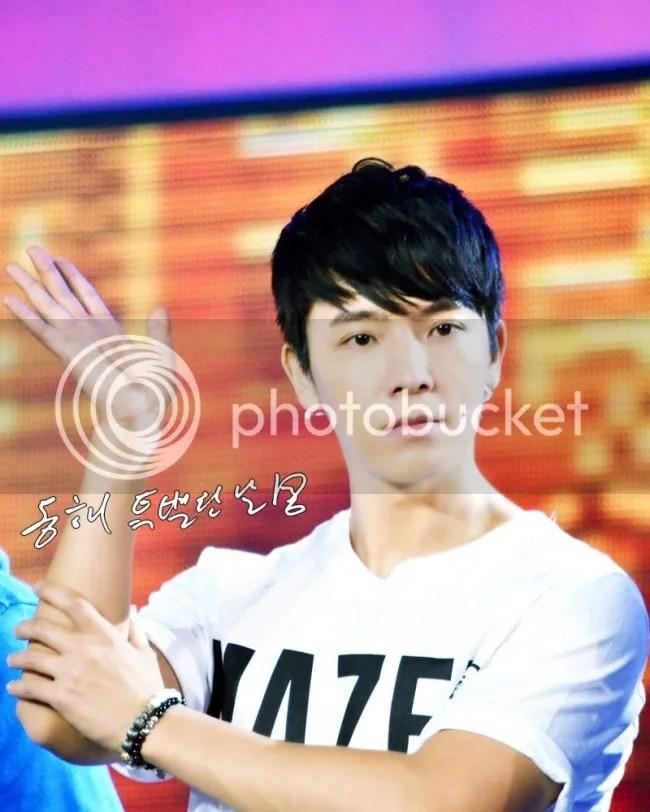 photo 130127-donghae-2_zps610830cc.jpg