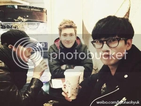 photo eunhyukweibo_zpsbb6b9e38.jpg