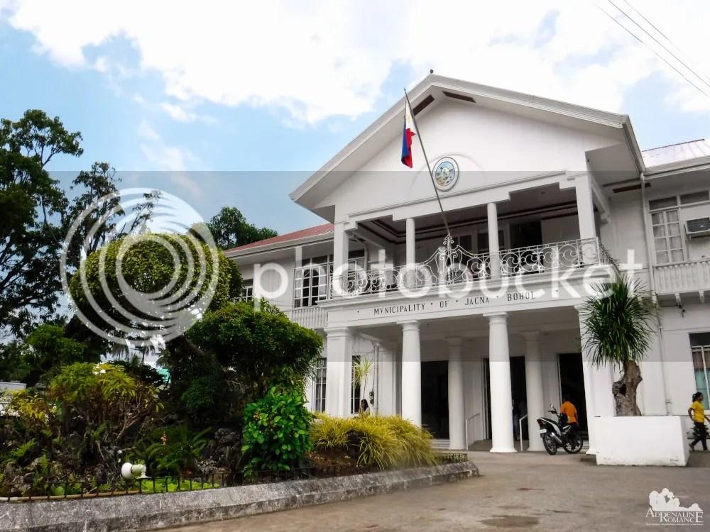 Jagna Municipal Hall