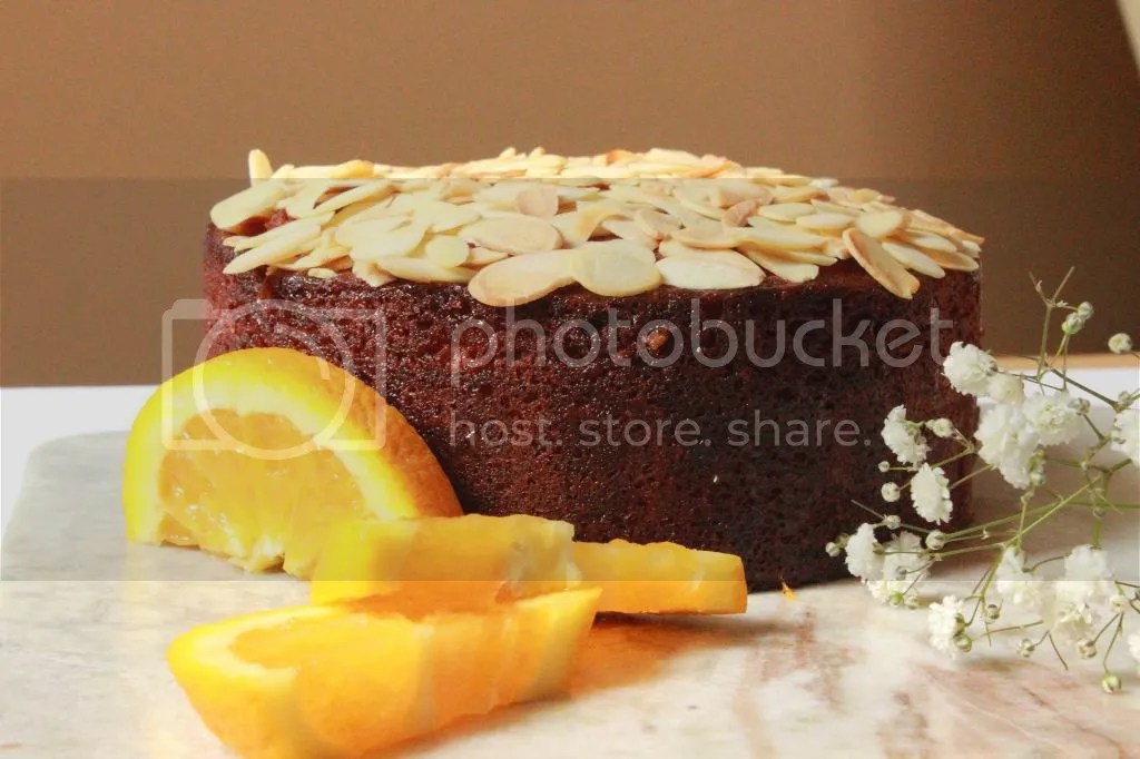 Strange Almond Cake With Orange Flower Water Syrup Figs Pigs Funny Birthday Cards Online Inifodamsfinfo
