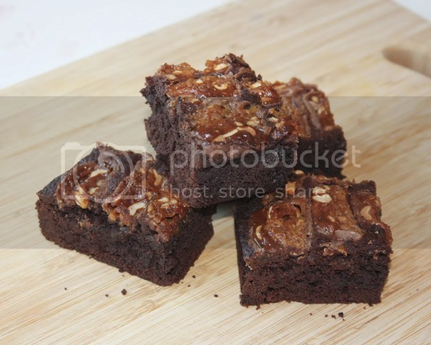 photo Snickers Brownies 4_zpseildzjlc.jpg