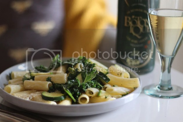 photo Green Vegetable Pasta with Lemon White Wine Sauce 4_zps88jc76na.jpg