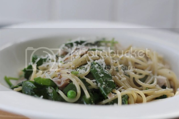 photo Springtime Vegetable Carbonara 3_zpsdeyj1sni.jpg
