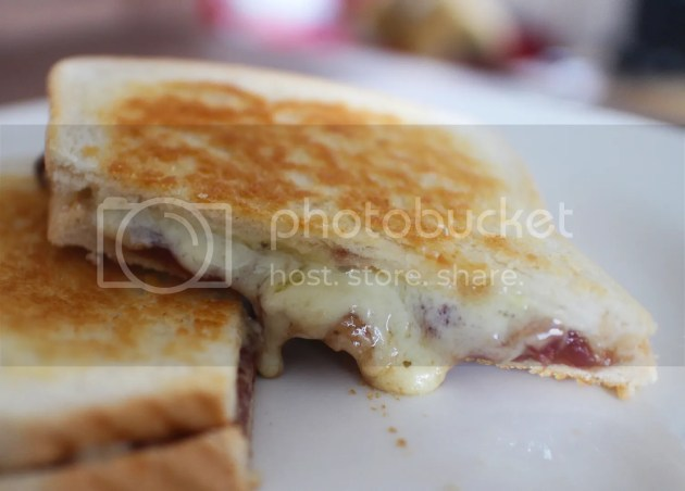 photo Ultimate Cheese Toastie 12_zpspid8zyjp.jpg